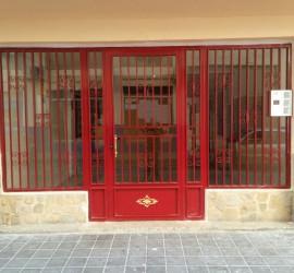 Instalación de dos puertas de acceso